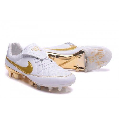 brand new e3d10 e2df3 Site Pour Chaussure De Foot Nike Tiempo R10 Ronaldinho Fg pour Homme Blanche  Or soldes
