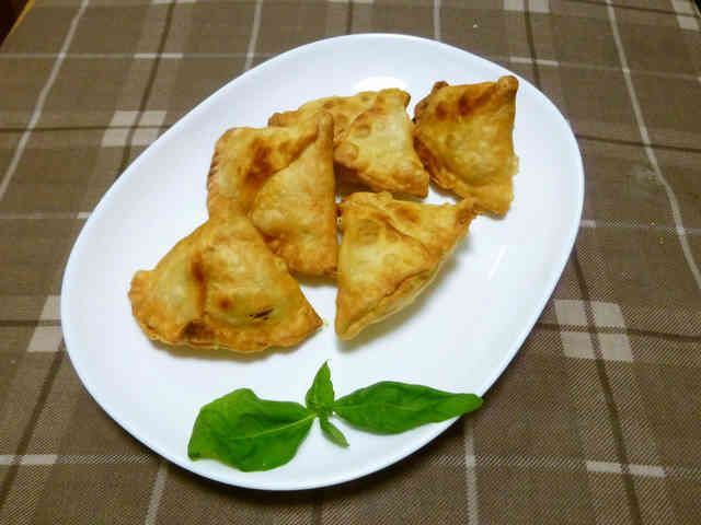 皮から簡単手作り!本格インド料理★サモサ