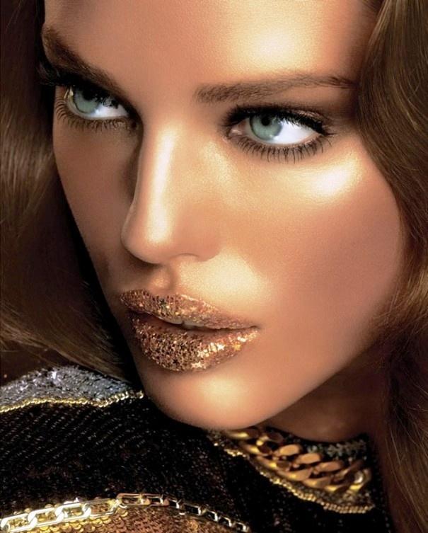 Pin by Monica Kane on Beauty Gold lips, Glitter lips