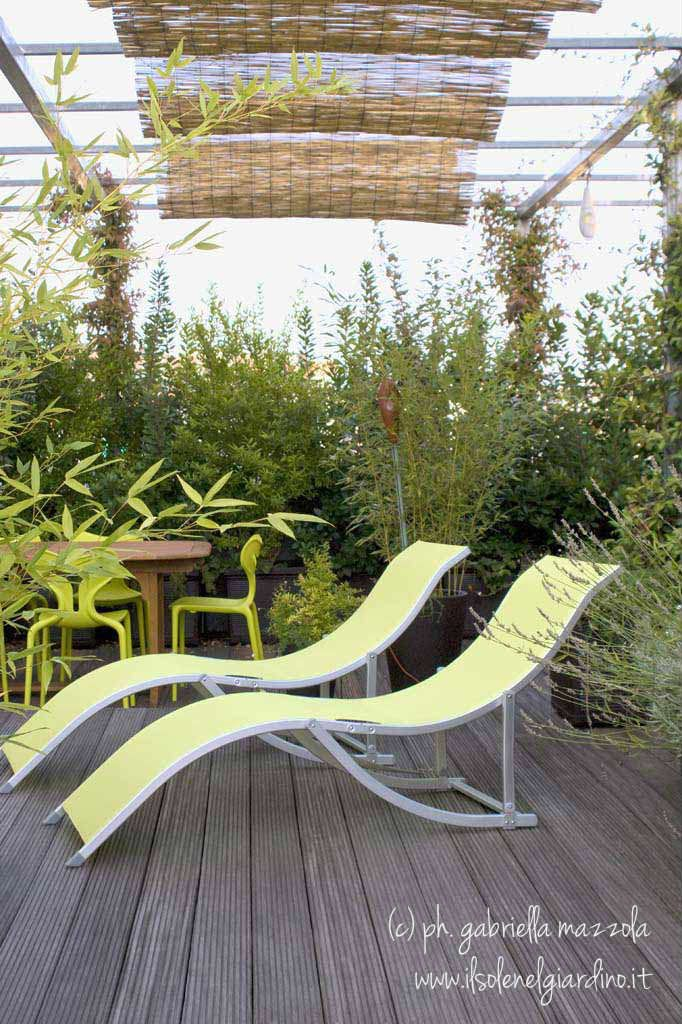 """The open green house"": Roof Terrace in Torino, Italy, by Gabriella Mazzola (ilsolenelgiardino.it)"