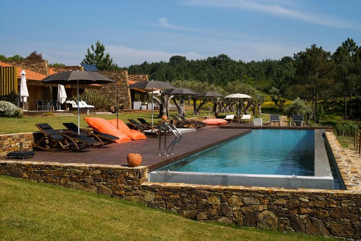TEIMA, Alentejo SW is located 6 km from São Teotónio and has an outdoor swimming…