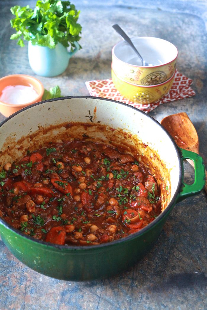 Moraccan Lamb Stew - A satisfying stew that is sweet, spicy and fragrant.   TheNoshery.com