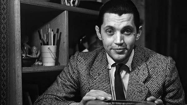 20 июня 1932 года родился РОБЕРТ РОЖДЕСТВЕНСКИЙ. В этом году ему исполнилось бы 85 лет.  Очень сложно было выбрать лучшее стихотворение, поэтому от всей души делюсь целой подборкой😍.  1. Значит, так: завтра нужно ежа отыскать, до калитки на левой ноге проскакать, и обратно — на правой ноге — до крыльца, макаронину спрятать в карман (для скворца!), с лягушонком по-ихнему поговорить, дверь в сарай самому попытаться открыть, повстречаться, побыть с дождевым червяком,- он под камнем живет, я…