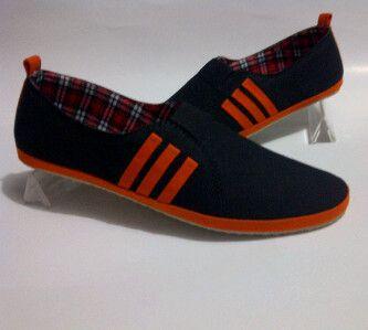 Sepatu Adidas Slip On Hitam List Orange + Dus Adidas