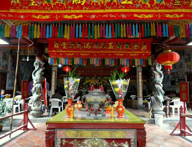 The temple in Zeng Cuo An village.
