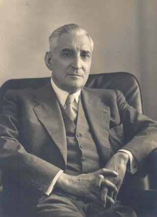 Oliveira Salazar.
