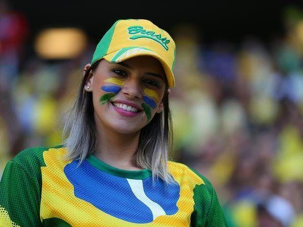 Bidadari Penghias Tribun #Brazil  #bidadaritakbersayap #wags #futsal #jerseyfutsal #bikinjersey #jerseybola #jersey #konveksijersey #fansbola #videolucu #videokocak #persib #persibday #persija #persijaday #fcbarcelona #realmadrid #liverpoolfc #manchesterunited #acmilan #internazionale #arsenal #psg #juventus #timnas #bajubolacowok #bajubolacewek   Baca selengkapnya di website: liputanbaru.com #TsunamiCup