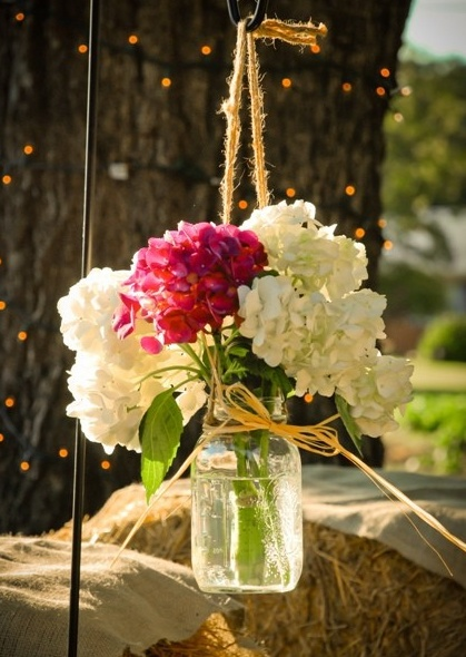 Pretty flower table decorations