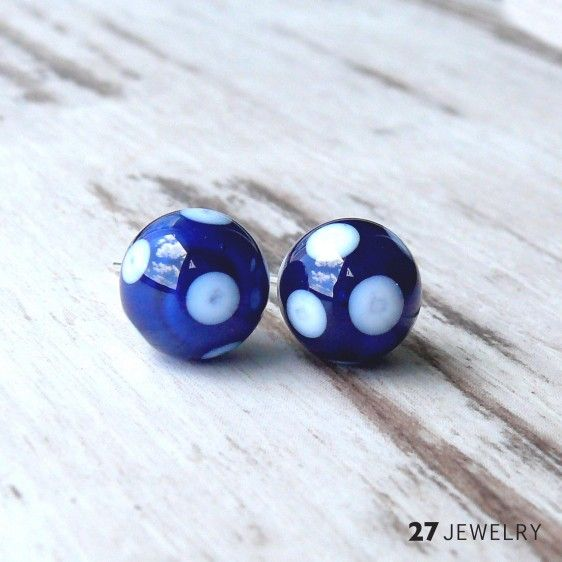 27jewelry White dots - handmade lampwork glass earrings Handcrafted one of a kind stud earrings made from glass. Size: 10 mm