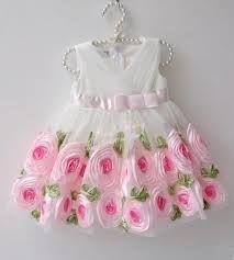 Sleeveless beautiful dress
