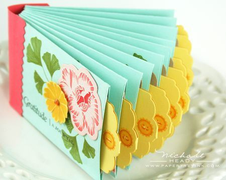 Small envelopes with pull out cards mini-album tutorial