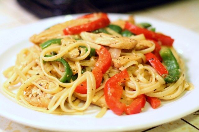 Cajun Chicken Pasta- Chicken dredged in Cajun spices, sauteed with vegetables, and served in a basil-cream sauce over linguine is fit for royalty. #tasty #creamy #love