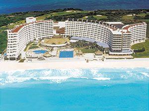 Crown Paradise Club, Cancun