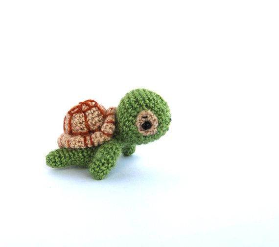 crochet mini turtle amigurumi miniature turtle little stuffed tiny turtle toy crochet kawaii animal amigurumi turtle green toy for children