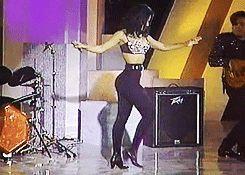 Selena is body goals. Selena doing her signature dance the washing machine