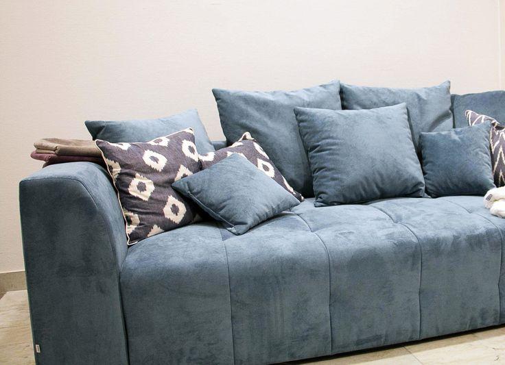 Blå Grizzlyn bäddsoffa. Soffa, compact living, djup soffa, smart förvaring, vardagsrum, sovrum, möbler, inredning. http://sweef.se/soffor/110-grizzlyn-baddsoffa.html