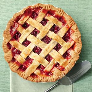 """*Recommended on Boise Real Foodies* Honey-Sweetened Cherry Pie 