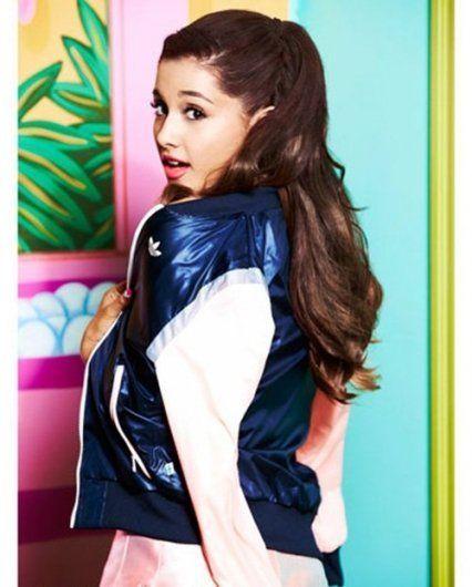 Fotografias de Ariana Grande enviadas pelos usuários do Cifra Club