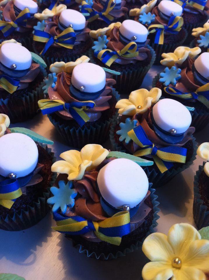 Swedish graduation cupcakes / studentcupcakes :) Baking, chocolate, sugar paste, muffins, decorating :)