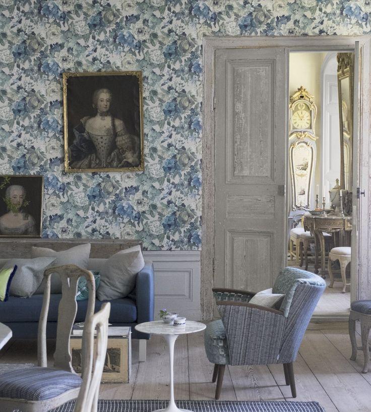 Interior Design Trend, Painterly Florals | Roseto Wallpaper by Designers Guild | Jane Clayton