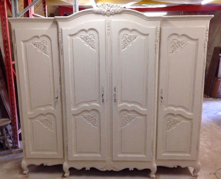 French Shabby Chic 4 Door Wardrobe / Armoir/Vintage / Painted Furnitire