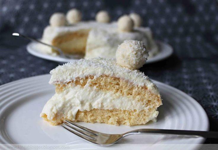 http://cakepot.com.br/bolo-raffaello-gourmet-recheado/