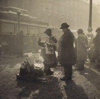 Jan Lauschmann: Kolportérka, 1931. © Jan Lauschmann, dědicové.