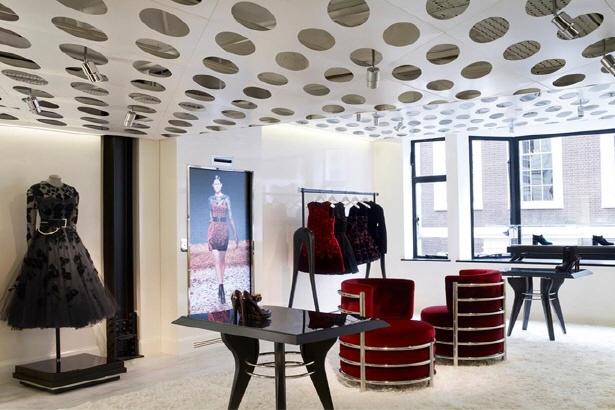 d'strict - ArTech Entertainment Company - Projects > McQ by Alexander McQueen Flagship Store
