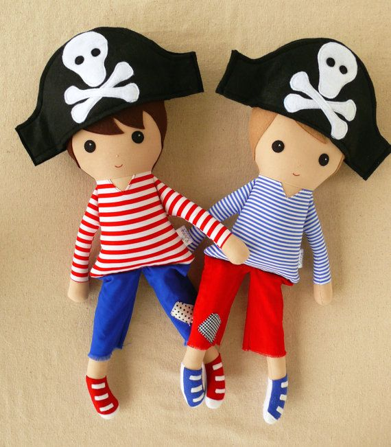 Reserved for Emily - Fabric Doll Rag Doll Boy Pirate Dolls on Etsy, R$162,42
