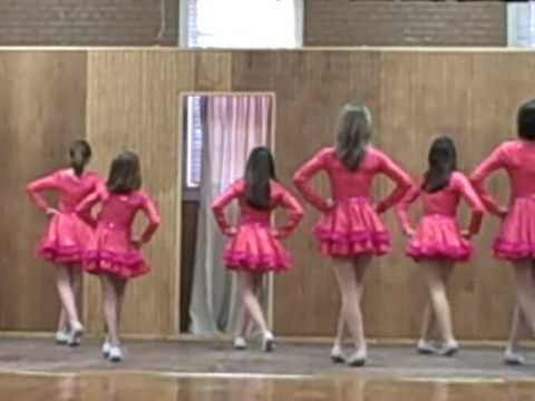 southern sweetheart cloggers performing sideways by dirks bently