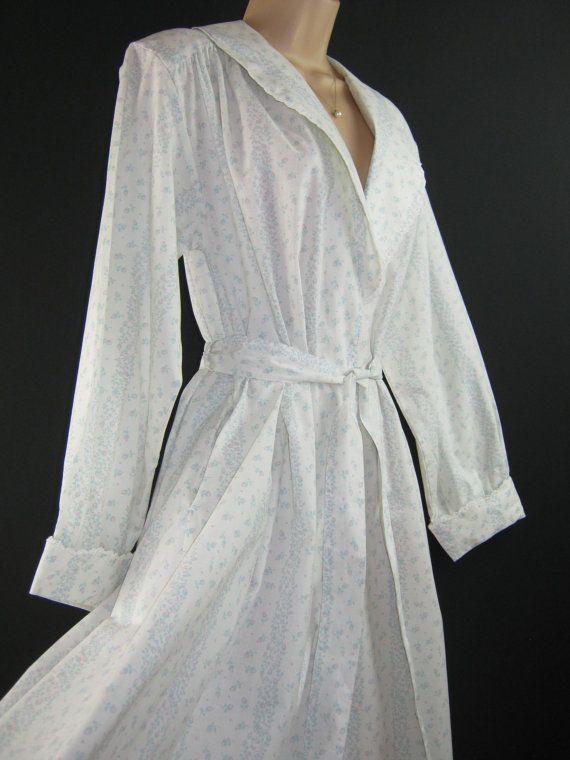 LAURA ASHLEY Vintage Sweet Rosebud Dressing by VINTAGELAURAASHLEY
