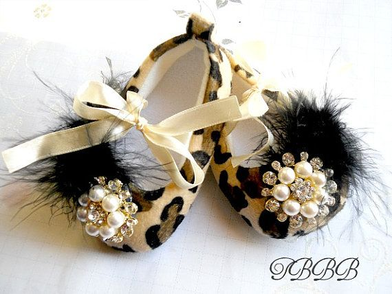 Baby shoes!  CUTE!