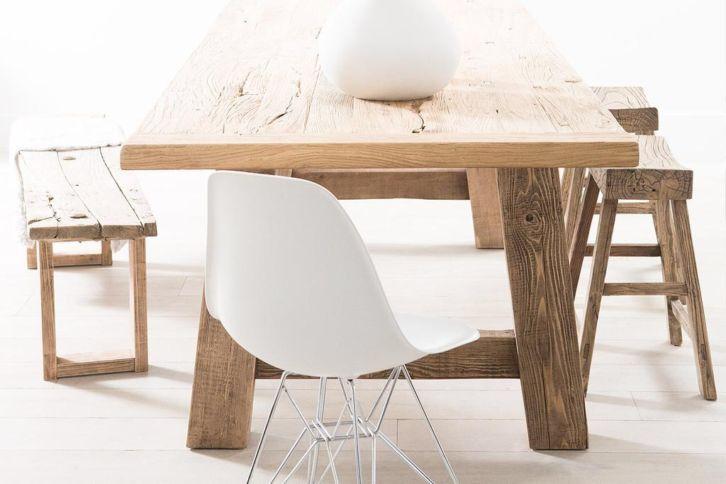 25 beste idee n over oude houten stoelen op pinterest funky beschilderde meubels oude - Oude tafel en moderne stoelen ...