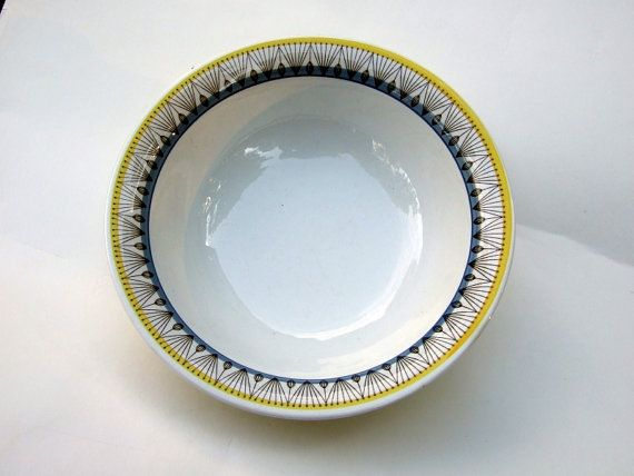 Rörstrand bowl series Aslög// Swedish porcelain by tiendanordica, $45.00