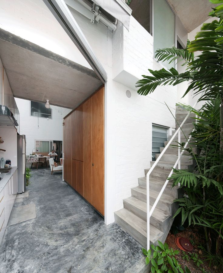 Linghao Architects: T House