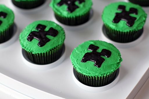 How To Throw a Simple Minecraft Birthday Party
