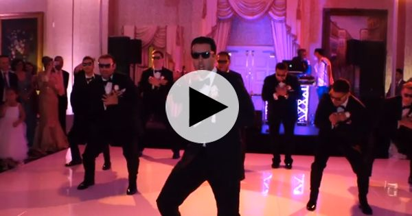 """This is absolutely brilliant! :D   Brides: """"Crazy in Love"""" Wedding Dance Surprise Video"""