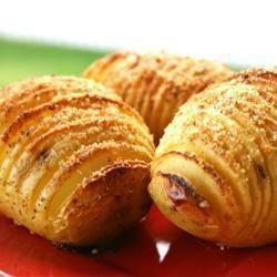 Hasselback aardappels. Zo smaken aardappelen weer eens anders!