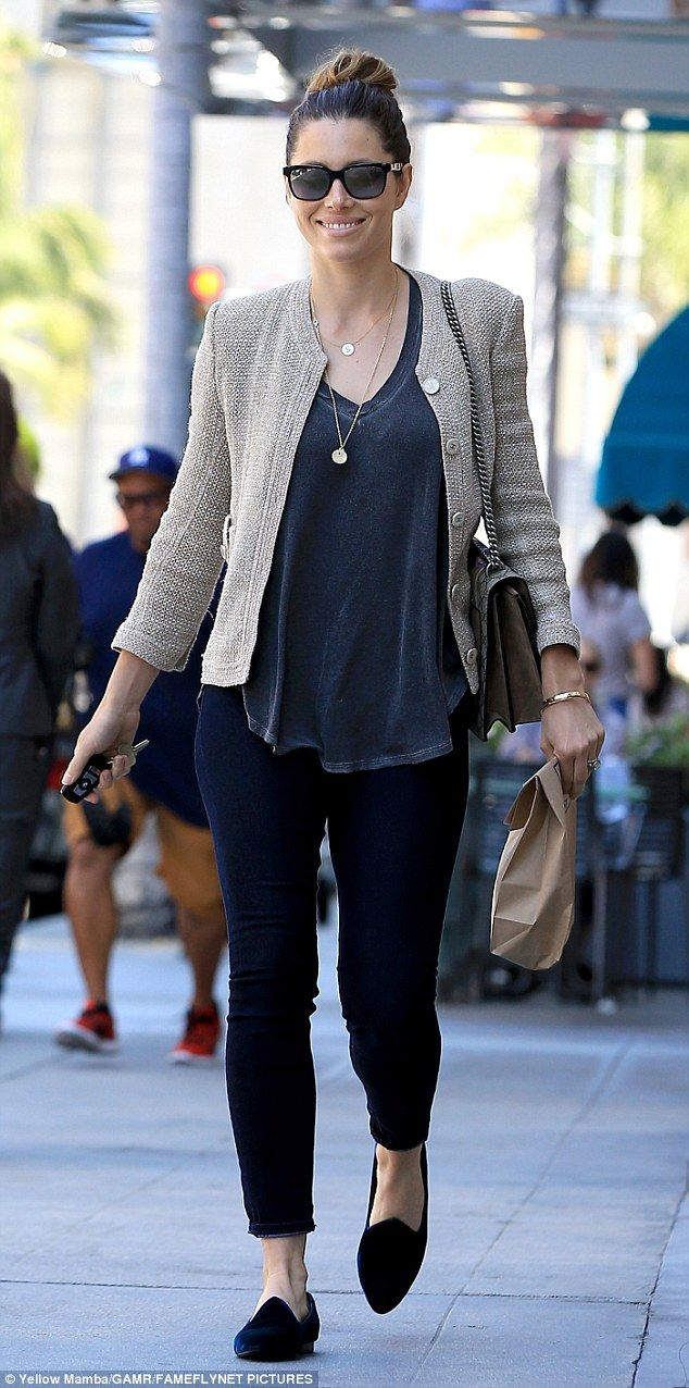 Shopping gear: Jessica Biel ran errands in Los Angeles on Wednesday in a pair of skinny leggings and a matching v-neck top that she left untucked