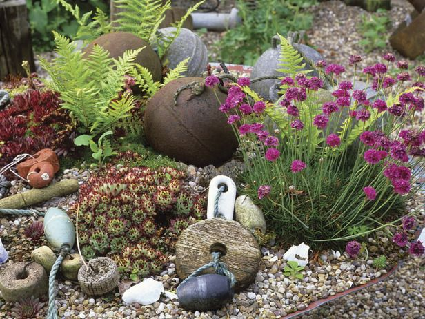 Drawing Inspiration From Vacation: A Coastal-Themed Garden : Outdoors : Home & Garden Television