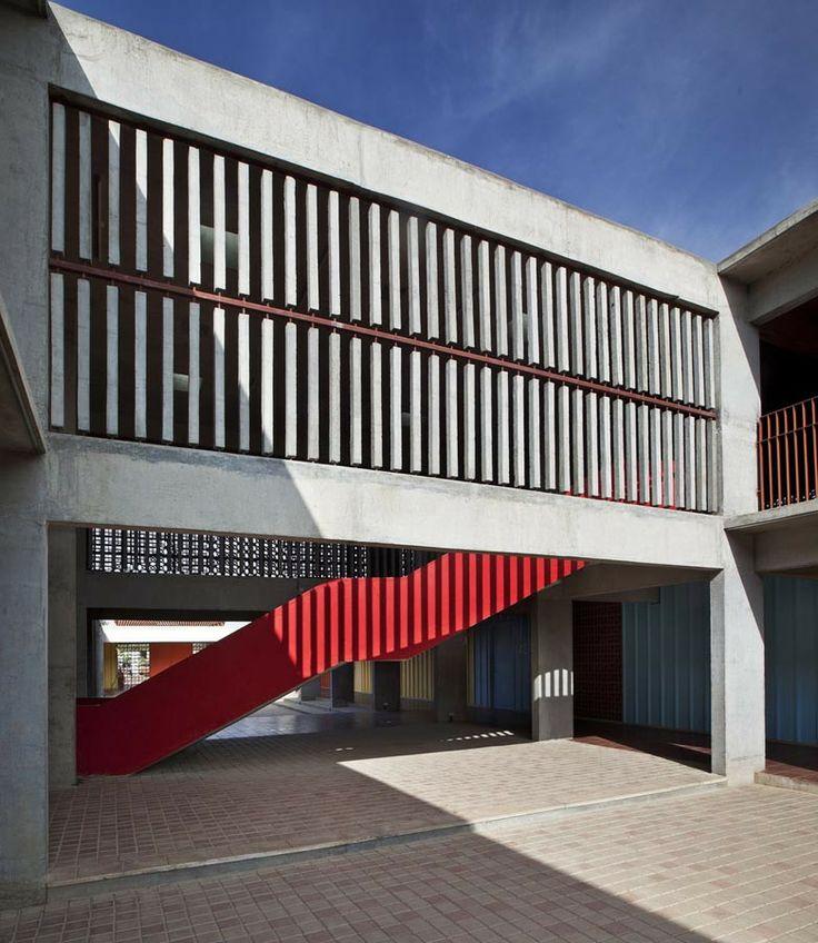 DPS Kindergarten School by Khosla Associates