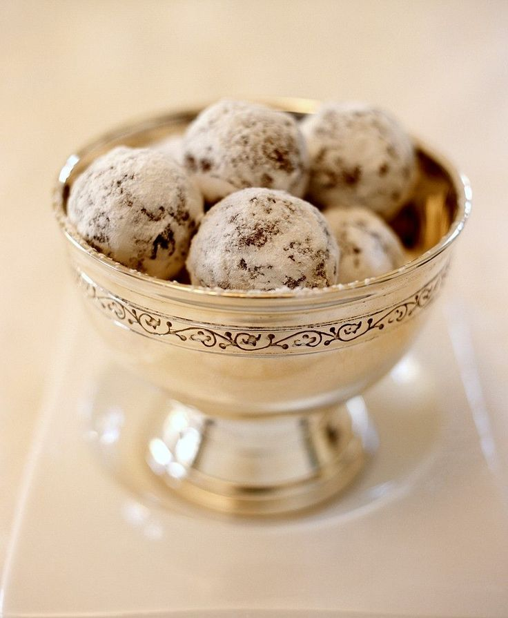 Schokoladen-Marzipan-Pralinen