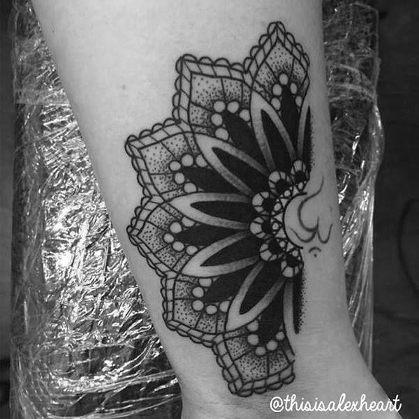 25+ unique Half mandala tattoo ideas on Pinterest | Ankle ... - photo#26