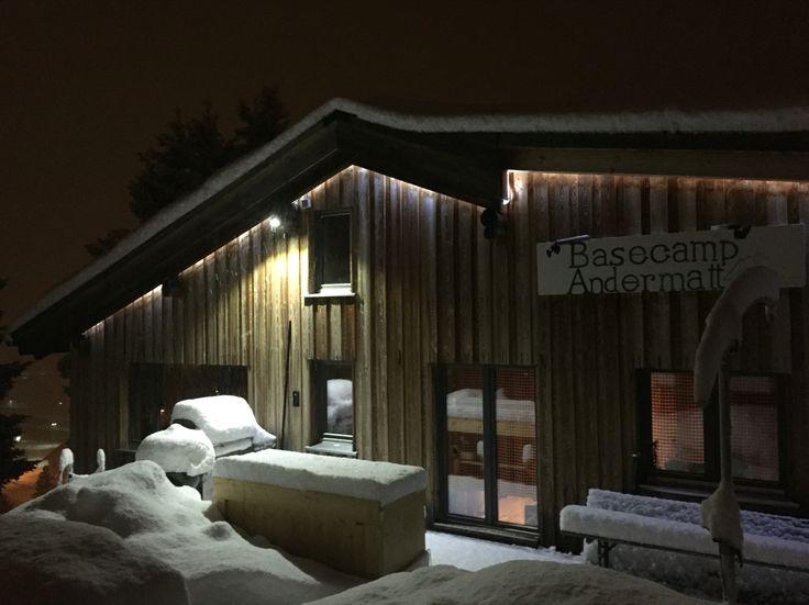 Schneebar mit Pulverschnee Welcome to the #freeriders #lodge and #hostel in #andermatt, #swiss #Alps  www.basecamp-andermatt.com  #Gemsstock #Guspis #Gurschenstock #Natschen #Freeride #visitandermatt #skiing #freeriding #powder #bigmountain #switzerland #Uri #ecolodge #accommodation #lodging #skitour #speedflying #randonnee #backcountry #snow