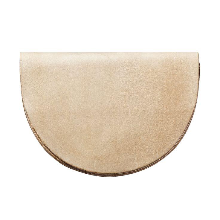 ATOM BAG No 5: natural leather goods / half-moon shaped bag / beltbag / shoulder bag / handcrafted in Poland / atomy store designer bag minimalist / Premiering this Fall @ atomy-store.com