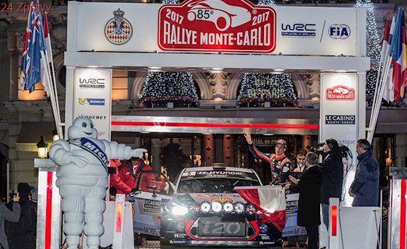 Neuville vede Rallye Monte Carlo o 45 sekund před Ogierem
