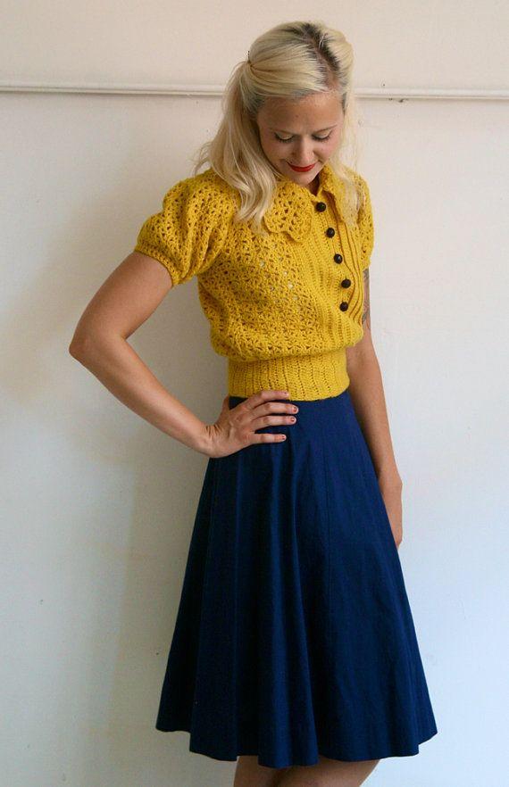 1940s Skirt // Navy Classic // Vintage Skirt // by dethrosevintage, $44.00