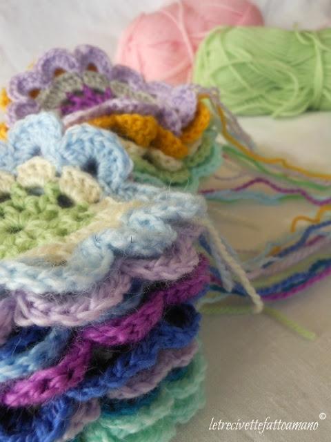 Japanese Flower Crochet Afghan Pattern : japanese flowers. http://www.letrecivettefattoamano.com ...