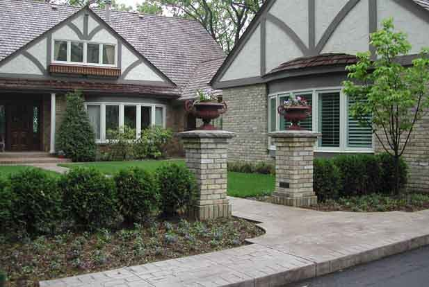 27 best home improvements images on pinterest courtyard for Courtyard driveway house plans
