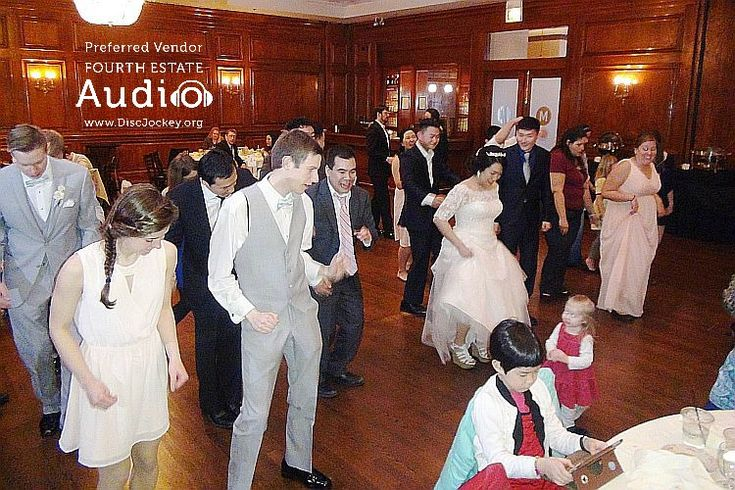 Fourth Estate Audio's Chicago wedding DJ pros are frequent performers at Maggiano's in Schaumburg http://www.discjockey.org/maggianos-schaumburg/ #ChicagoWeddingDJ #WeddingDJChicago #ChicagoDiscJockeys
